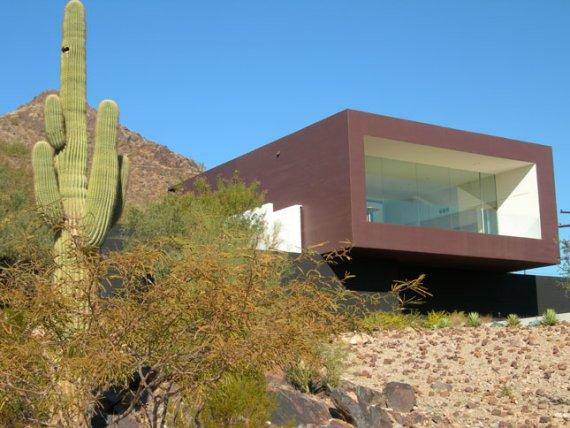 Contemporary Dialogue House In Arizona Desert Speaks