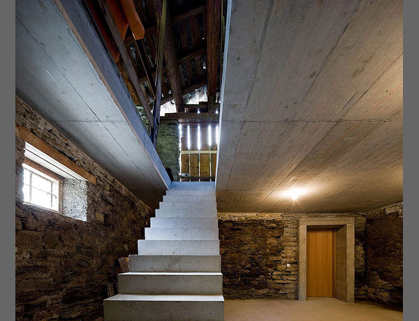 underground-home-designs-swiss-mountain-house-14.jpg