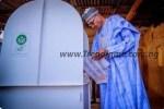 News: President Buhari And Wife Vote In Daura