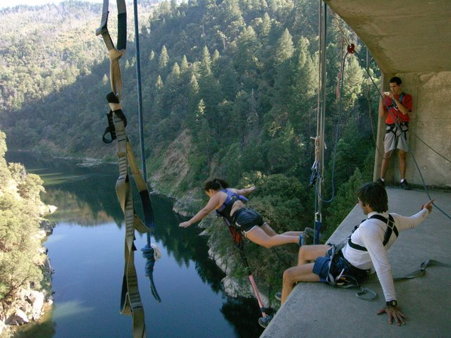 Sierra Nevada Mountains Bridge by Bungee Adventures in Sacramento, California - Best places to bungee jump - 2018 - TrendMut- USA