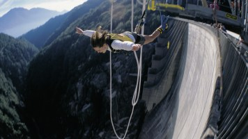 Verzasca Dam, Ticino, Switzerland - Best places to bungee jump - 2018 - TrendMut- USA