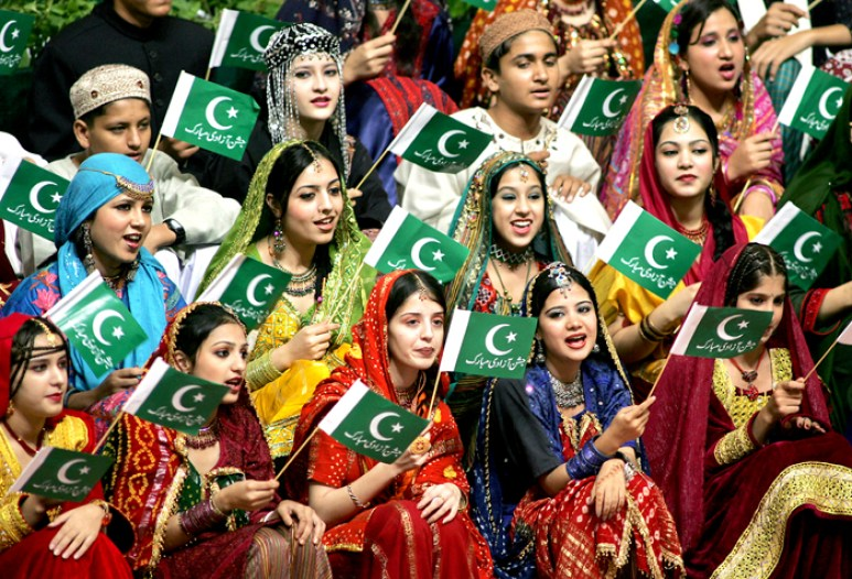 pakistani people - trip to pakistan