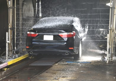 Top 10 Car Cleaning Mistakes which beginners don't know