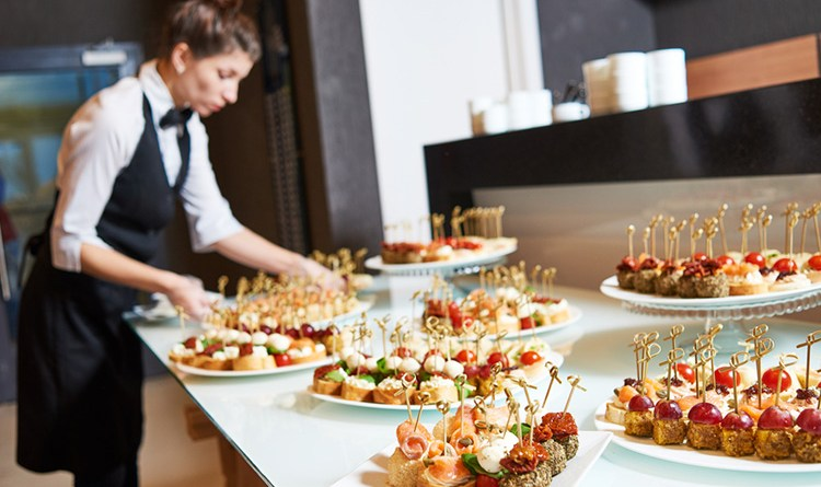 7 Reasons Why Hiring a Caterer Would be Your Best Event Planning Decision