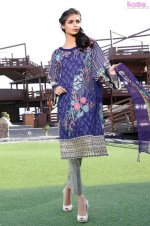 1583-DAZZLING-BLUE EMBROIDERED LAWN UNSTITCHED 5,790