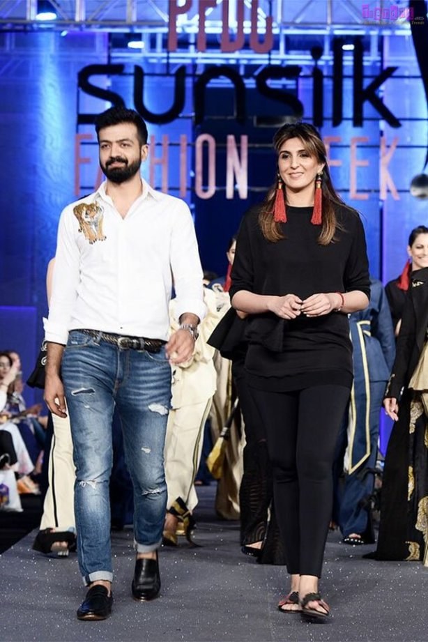 Sapphire 'Totem' Collection at PFDC Sunsilk Fashion Week 2017 16