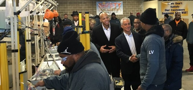Mayor Emanuel Highlights Progress Achieved by City of Chicago's Historic Streetlight Modernization Program