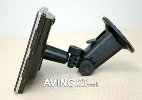 thinkware-iNAVI-ES-trendy-gadget
