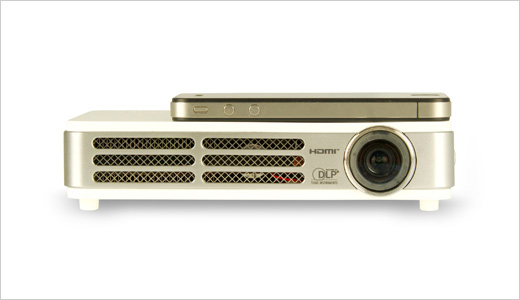 Vivitek Qumi LED-based Pico/Pocket Projector