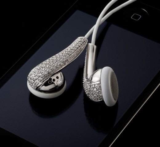 Amosu Couture Swarovski Diamond Crystal Apple headphone