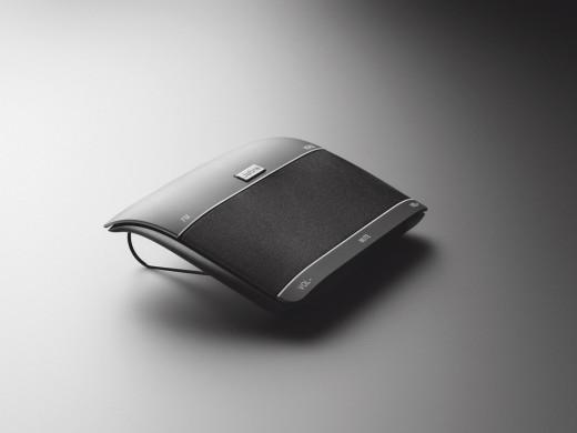 Jabra FREEWAY --- Bluetooth in-car speakerphone