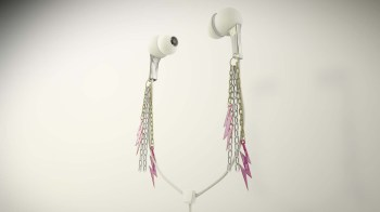 bolts_earphones