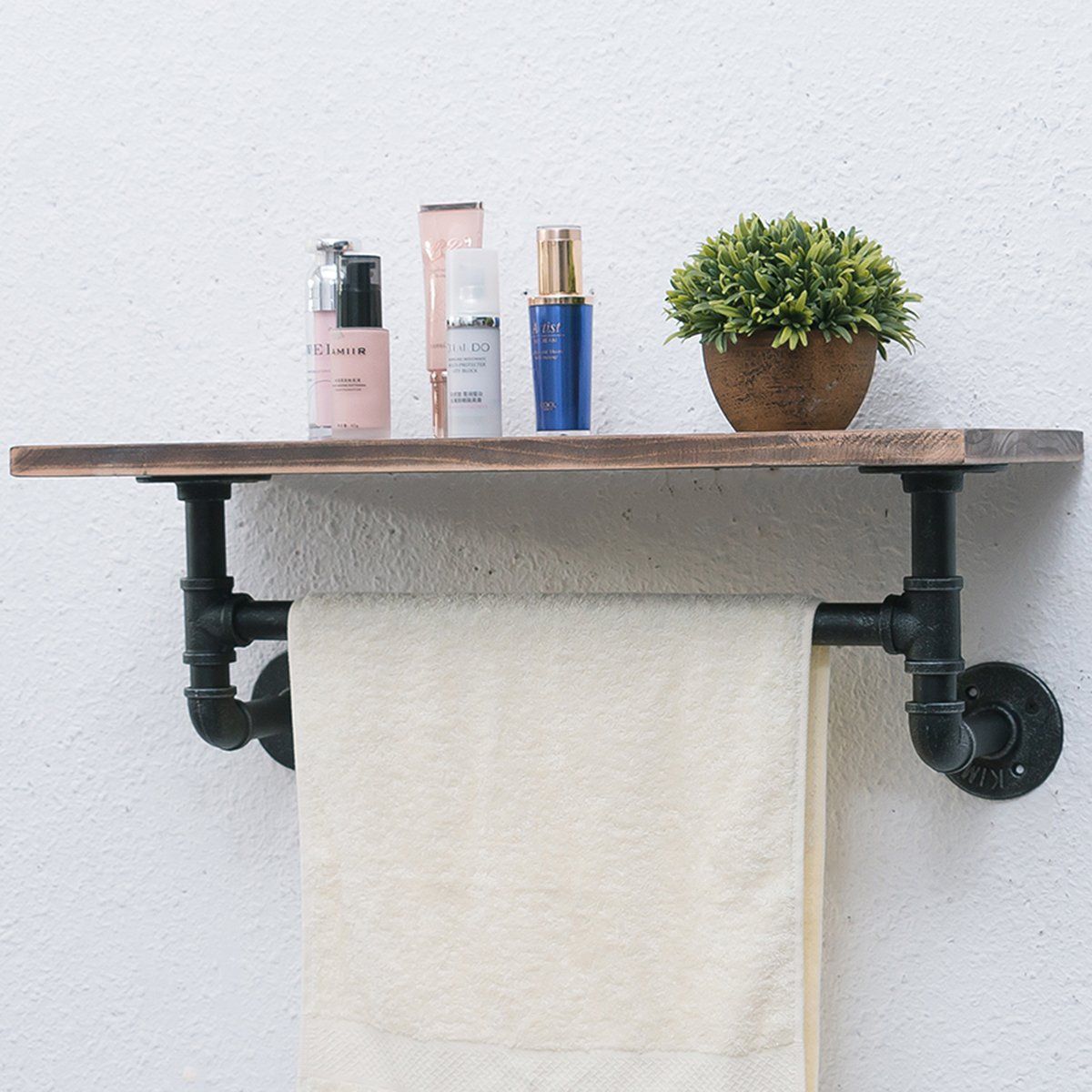 Best Farmhouse Accessories that will quickly uplift your Bathroom Look