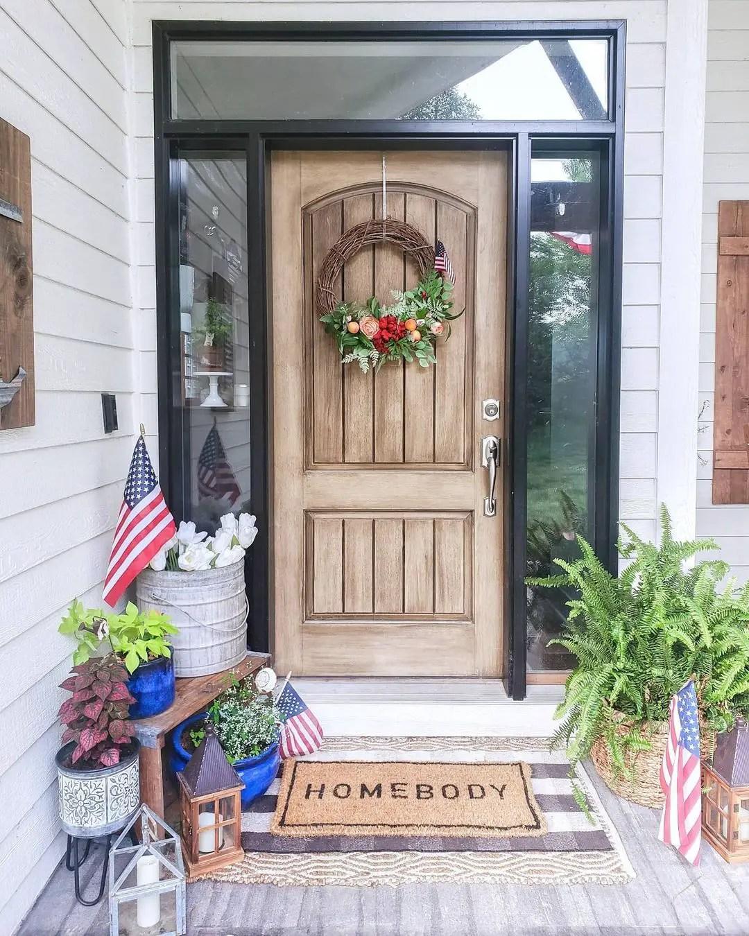 Fourth-of-July-Porch-Decor