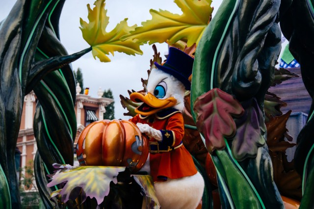 Disneyland Paris Halloween Mini Parade-11