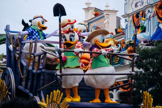Disneyland Paris Halloween Mini Parade-9