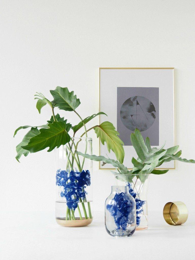 DIY-Rorschach-Inkblot-Vases-768x1024