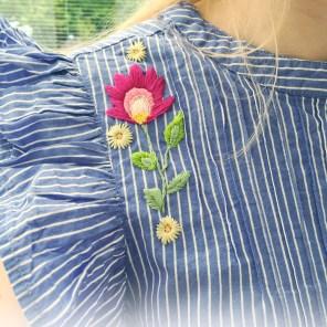 Broderie sur une blouse Mango - Aurélie