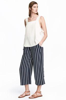 Jupe culotte bleue foncé à rayures blanches - H&M