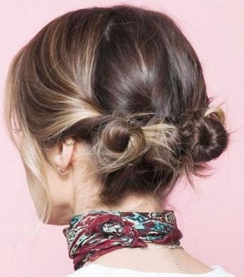 Cheveux courts - Mini chignons