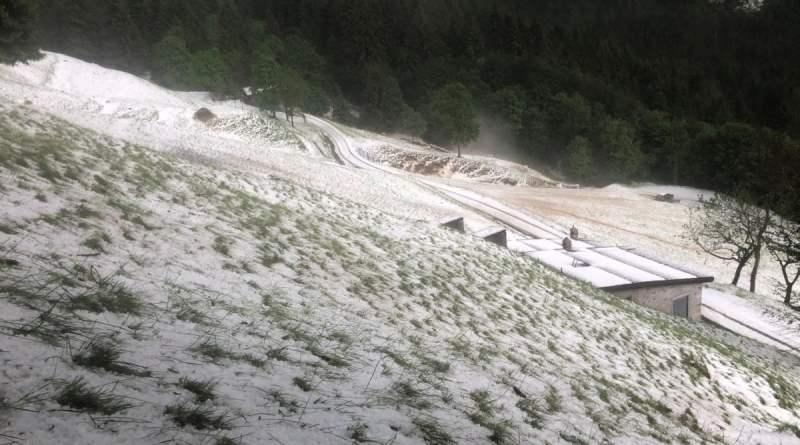 Maltempo in Lombardia: case e aziende evacuate nel Lecchese