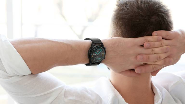Huawei Watch GT 2 VS Apple Watch Serie 3: l'autonomia fa la differenza
