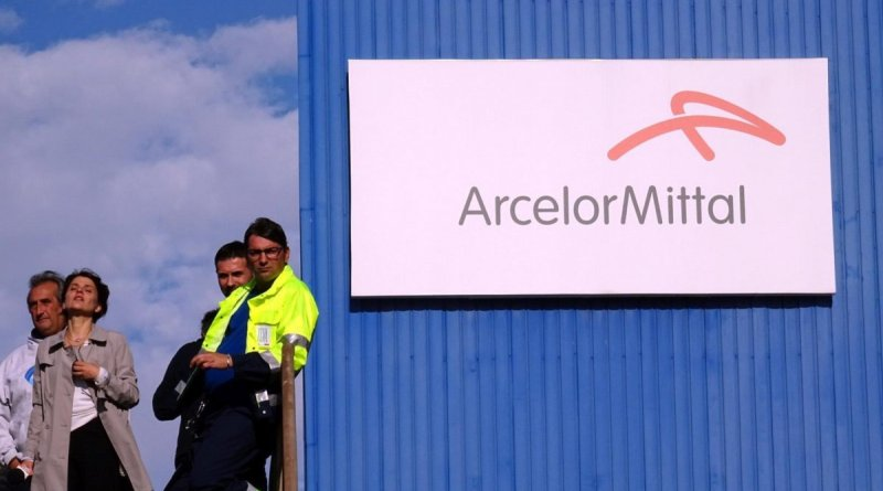 "Ex Ilva, i commissari contro ArcelorMittal: ""Su scudo conclamata falsità"""