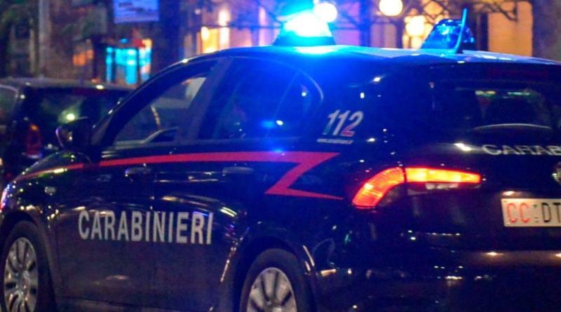 Auto si schianta contro un bus a Tivoli: morti due giovani