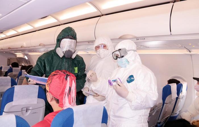 Borsa: Milano non teme il virus (+1%)