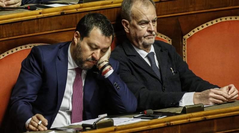 """Coronavirus, Salvini: """"Frontiere aperte, incapaci al governo"""". Faraone (Iv): """"Sciacallo"""". Orlando (Pd): """"Un poveraccio"""""""