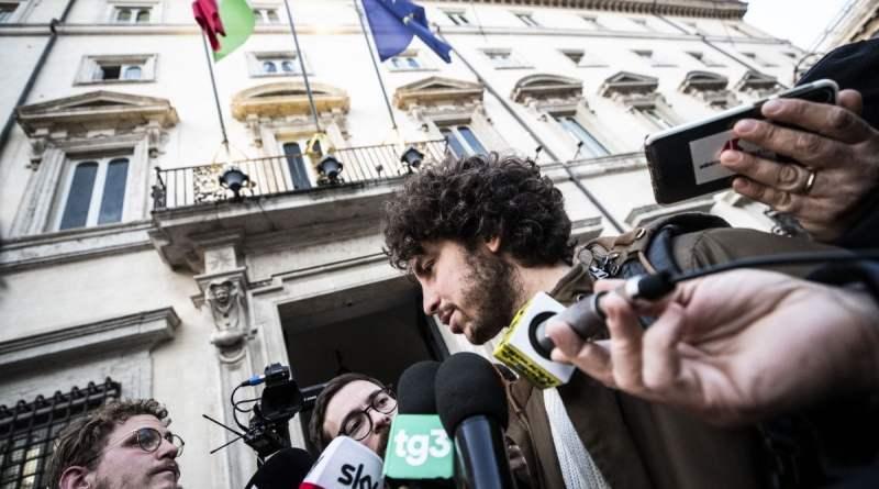 """Sardine al governo: """"Scambi Erasmus tra regioni del Nord e del Sud d'Italia"""""""