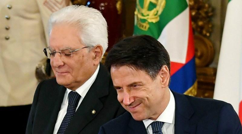 Governo, il premier Conte è salito al Quirinale per incontrare il presidente Mattarella