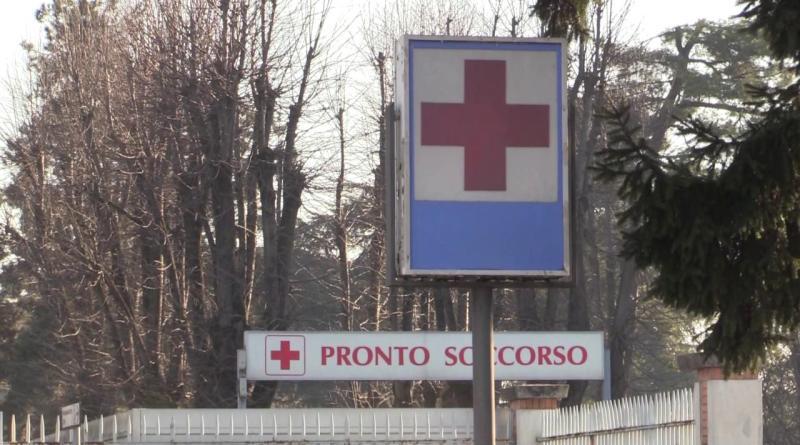 Coronavirus, ospedale di Codogno: 'Hanno tutti la mascherina, non fanno più entrare'
