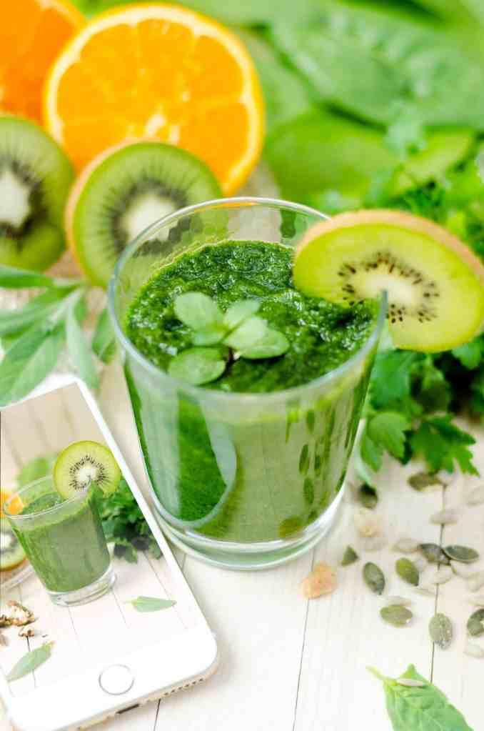 Príklad nápoja na detox popri zdravému jedálničku na chudnutie