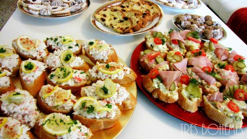 Boho-Christmas-Czech-Holiday-Table-Foods-Tres-Bohemes