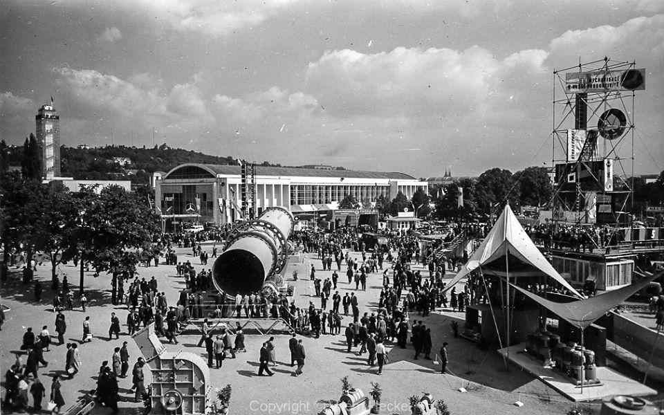 Exhibition-of-Czechoslovak-Engineering-1956-18
