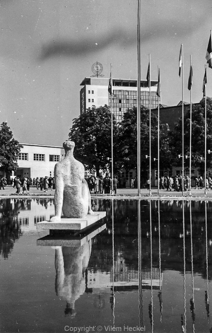 Exhibition-of-Czechoslovak-Engineering-1956-43