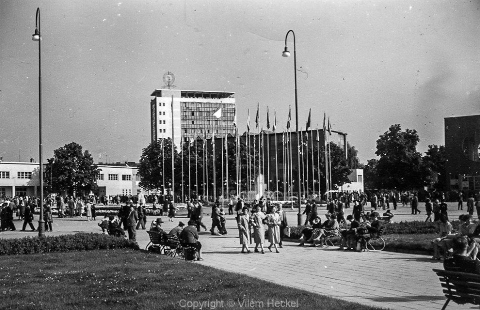 Exhibition-of-Czechoslovak-Engineering-1956-44