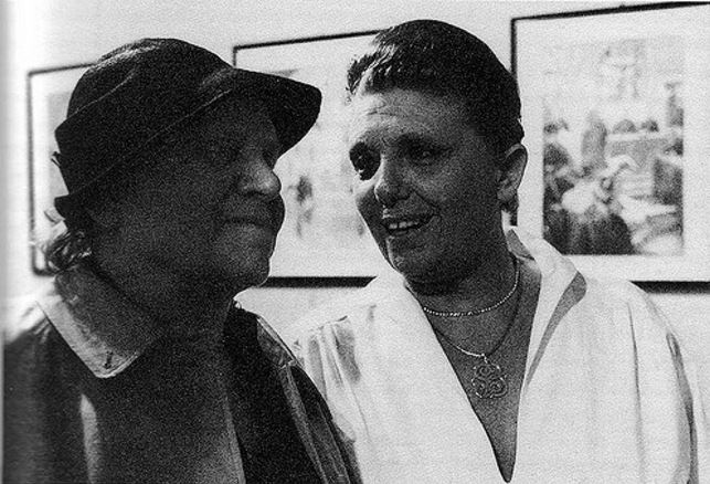 Toyen and Sophie Babet in 1977.