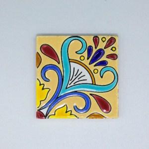 Carreau Aimant / Magnet Carré Motif Traditionnel en céramique CD69 il sert également de sous verre.
