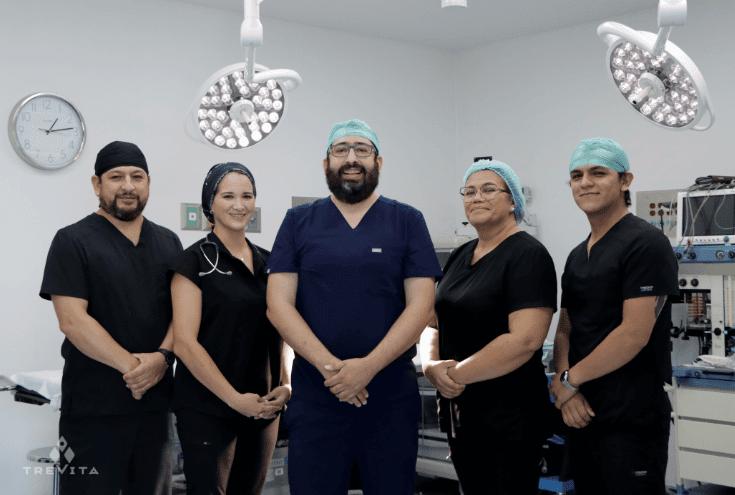 Dr. Reyes Mendiola Team
