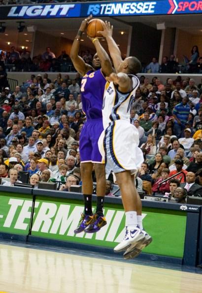 Lakers_Grizz_2010_0841.jpg?fit=1452%2C2112&ssl=1