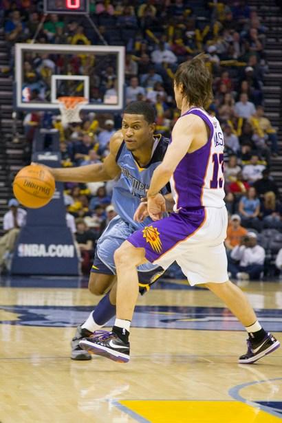 basketballsuns_Trevor_Ruszkowski_16.jpg?fit=660%2C990&ssl=1