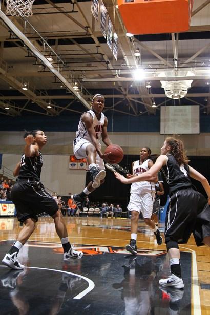 Trevor_Ruszkowski_Photos_basketball_2012_0046.jpg?fit=660%2C990