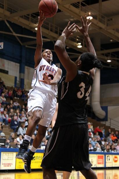 Trevor_Ruszkowski_Photos_basketball_2012_0049.jpg?fit=660%2C990&ssl=1
