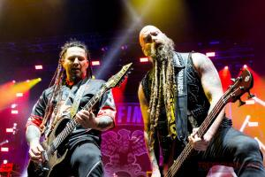 FiveFingerDeathPunch-Olympia-04122017-25