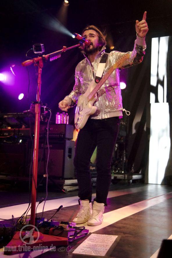 Juanes ZMF 2015 - yDSC05627 - Tribe Online Magazin