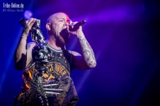 Five FInger Death Punch and Papa Roach_2015_46Adrian Sailer