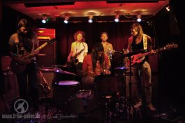 coogans-bluff-slowclub-freiburg-2016-yxdsc09784-tribe-online-magazin