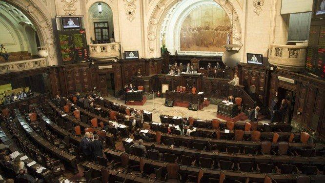 O mundo dos comissionados na Assembleia do Rio